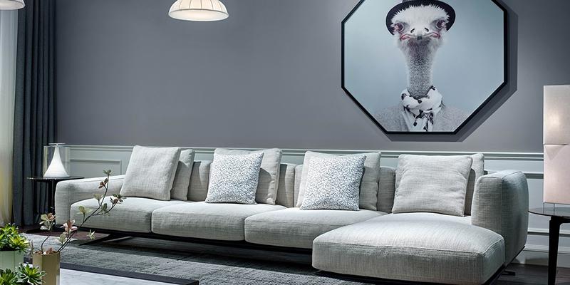 Минималистичный диван